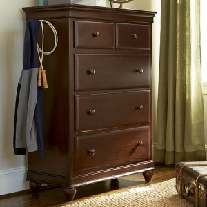 132CH Drawer Chest  - Hidden storage<BR><BR>Drop front drawer<BR><BR>Self-closing drawers<BR><BR>Valet hangers<bR><bR>Hidden jewelry storages<BR><bR>