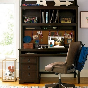 008HC Desk Hutch - Three-way dimmer light illuminates work area<br><br>Removable top shelf<br><Br>Cork back<br><Br>