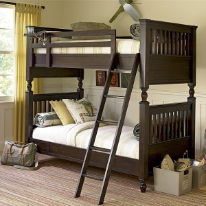 A0003FF Full Bunk Bed - Metal pegs attach upper bunk to lower bunk<br><br>Accommodates Trundle or Storage Unit<br><Br>Built to support premium mattress<br><br>Bunk bed works as two separate beds<br><br>Removable top bunk shelf<br><br>Wider ladder steps<br><Br>