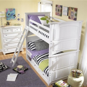 A0021TT Twin/Twin Bunk Bed