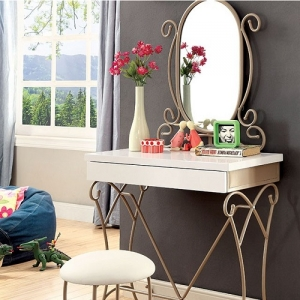0065V Vanity Set W/ Stool - Sturdy and Durable Metal Construction<br><Br>Drawer on Vanity<br><br>Smooth and Durable Full Extension Glides<br><br>